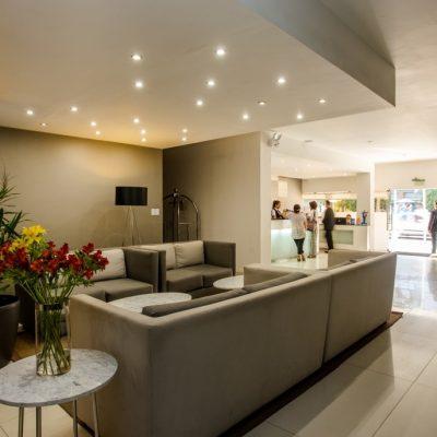 Hotel_Costa_del_Sol_Wyndham_Chiclayo_sala-1030x687