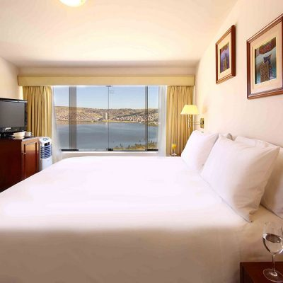 libertador-lago-titicaca-habitacion-suite-cama-king